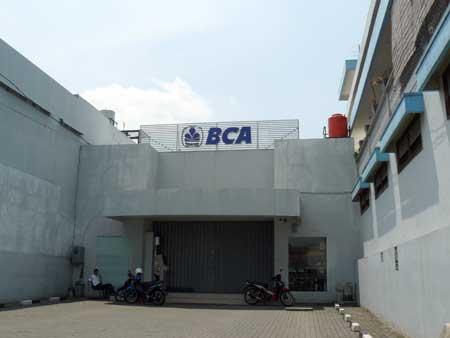 Bank BCA KCP Pasar Wage Purwokerto