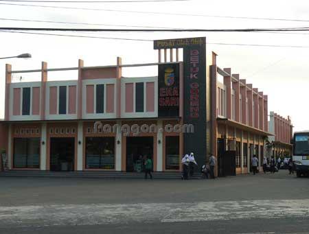 Pusat Oleh-Oleh dan Resto Eka Sari Sokaraja