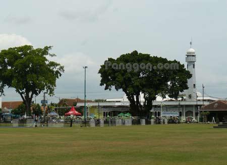 Masjid Agung Baitussalam Purwokerto