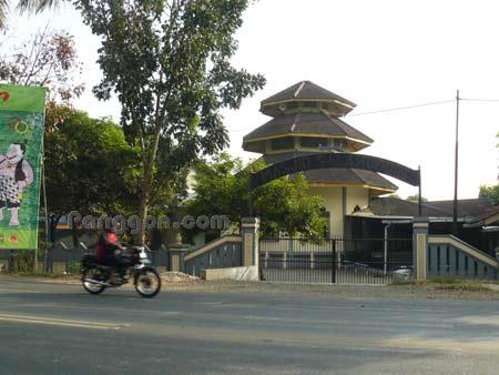 Masjid Salahuddin Sokaraja Banyumas