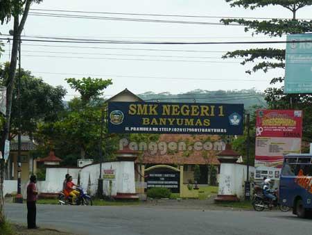 Sekolah SMK Negeri 1 Banyumas