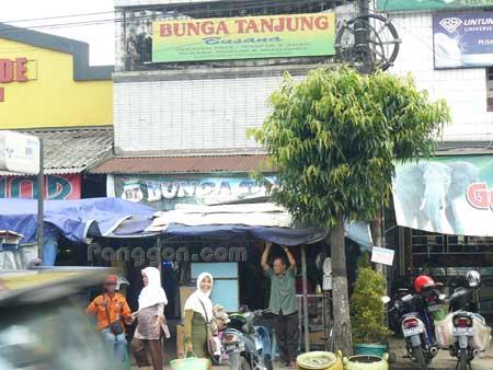 Toko Busana Bunga Tanjung Karanglewas Purwokerto