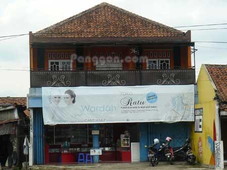 Pusat Kosmetik dan Alat Salon Toko Ratu Sokaraja