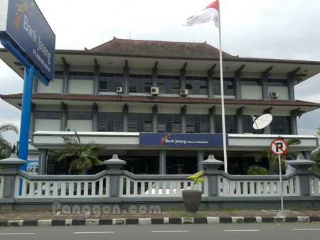 Kantor dan ATM Bank Jateng Purwokerto