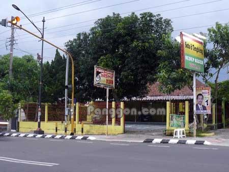 Studio Radio Yasika FM Purwokerto