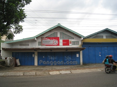 Toko Bahan Bangunan TB. Roda Jati Purwokerto