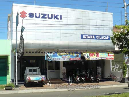 Dealer Motor Suzuki Solo