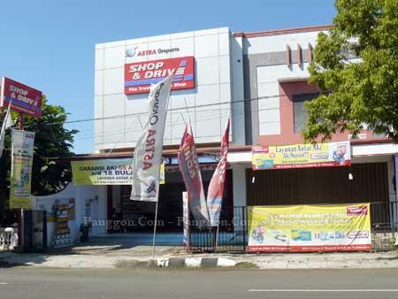 Astra Otoparts Shop & Drive Cilacap