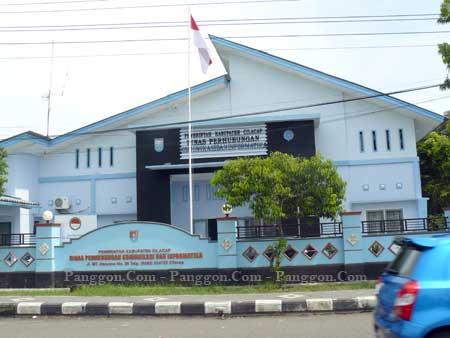 Kantor Dinas Perhubungan Komunikasi dan Informatika (Dishubkominfo) Cilacap