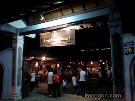 Restoran Joglo Mlati Jogja