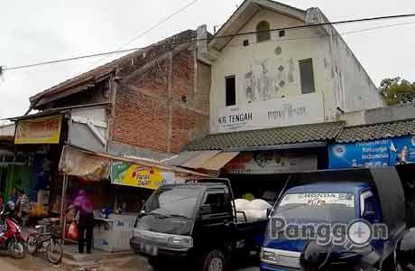 Toko Karang Tengah Pasar Wage