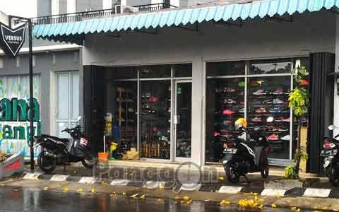 Toko Sepatu Versus Footwear Purwokerto